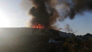 Bursa'da geri dönüşüm fabrikasındaki yangın kontrol altına alındı - Bursa Haberleri