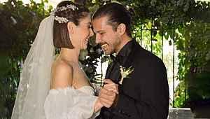 Dün evlenen güzel oyuncudan yürek parçalayan paylaşım