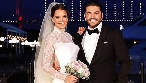 Ebru Şallı evlendi, fotoğraftaki detay dikkat çekti