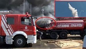 Dev tanker metrelerce yükselip itfaiye aracının üstüne düştü