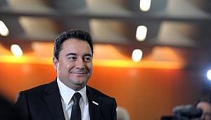 Gül'e yakın isim Fehmi Koru, Ali Babacan'ın kuracağı yeni parti için tarih verip yer alacak isimleri açıkladı