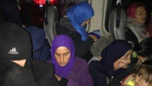 İzmir'de insan kaçakçılarına darbe: 11 tutuklama