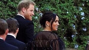 Kraliyet gelini, kıyafetinin fiyatıyla dudak uçuklattı