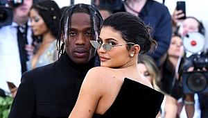 Kylie Jenner'dan olay yaratan cinsel ilişki itirafı