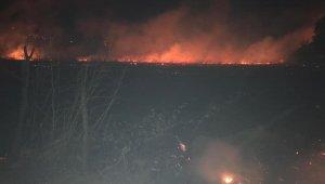 Ortaca'daki yangını söndürme çalışmaları devam ediyor