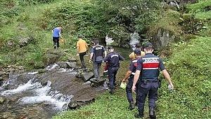 Rize'de, gezi için gittikleri vadide kaybolan 1'i çocuk 6 kişiye 40 saat sonra ulaşıldı!