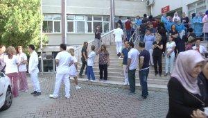 Saldırıya uğrayan doktorun mesai arkadaşları iş bıraktı - Bursa Haberleri