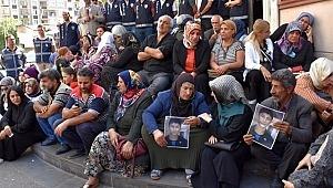 Türkiye Barolar Birliği'nden Diyarbakır'da HDP binası önündeki eyleme destek: Annelerden korkun