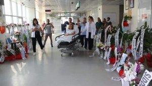 Asistan doktor jiletli saldırıda yaralanmıştı, annesi üzüntüden rahatsızlandı