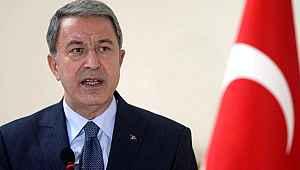 Bakan Akar, TSK'nın elindeki 18 Esed askerin ne olacağını açıkladı