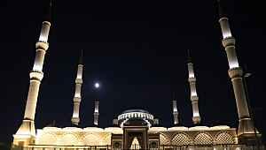 Barış Pınarı Harekatı nedeniyle camilerde sela okundu