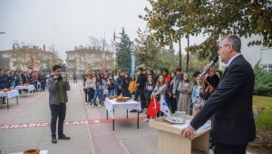 Başkan Özkan, üniversite öğrencilerine Karacabey'in değerlerini anlattı - Bursa Haberleri