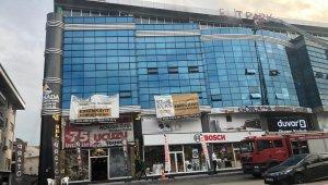 Bursa'da AVM'de çıkan yangın korkuttu - Bursa Haberleri