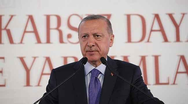 """Cumhurbaşkanı Erdoğan: """"Bize silah ambargosu uygulayanlar, Ruanda'da eli kanlı katillere silah yardımı yaptı"""""""