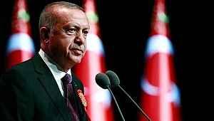 Cumhurbaşkanı Erdoğan, yüzde 50+1'in düşürülmesi ve kabinede değişiklik iddialarına cevap verdi!