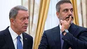 Erdoğan ve Putin toplantısında Akar ile Fidan'ın gülümsemesi damga vurdu