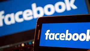Facebook, Google Play'da 5 milyar barajını geçti