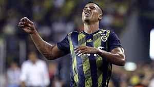 Fenerbahçeli futbolcu Dirar ameliyat oldu