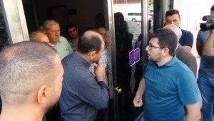 HDP önündeki aileler ile partililer arasında gerginlik