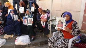 HDP önündeki ailelerin evlat nöbeti 47'nci gününde