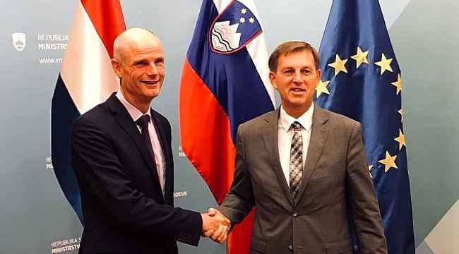 Hollanda'dan skandal hareket... Büyükelçi'yi bakanlığa çağırdı