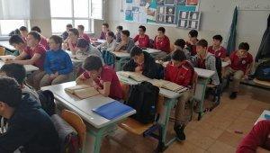 Öğrenciler Barış Pınarı Harekatına dualarla destek oldu - Bursa Haberleri