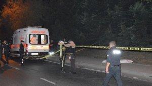 Otomobilin ile bisikletli şahıs hayatını kaybetti! Sürücü arabasını bırakıp kaçtı!