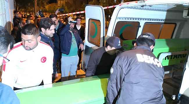 Polis kapıyı açtırdı, iki genç evde ölü bulundu