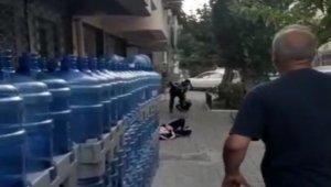 Sevgilisini öldürüp ardından intihar eden adamın dehşet saçtığı anlar kamerada