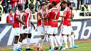 Sivasspor, Ankaragücü'nü 3-1 mağlup etti