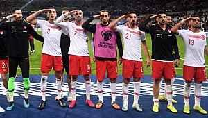 Türkiye'ye soruşturma açan UEFA'ya büyük tepki