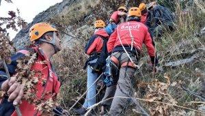 Uludağ'da nefes kesen köpek kurtarma operasyonu - Bursa Haberleri