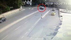 Üsküdar'da lüks aracın karıştığı kaza