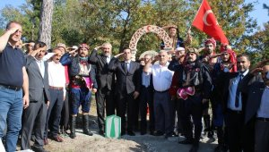 Yunanlılara Bursayı dar eden Canip Efe'nin mezarı yenilendi - Bursa Haberleri