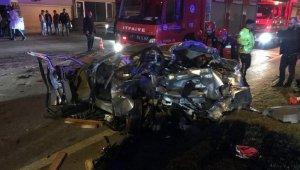 4 aracın karıştığı kaza:1'i bebek toplam 3 ölü, 7 yaralı