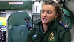 Ambulansta tedavi ettiği adamın cinsel saldırısına uğradı
