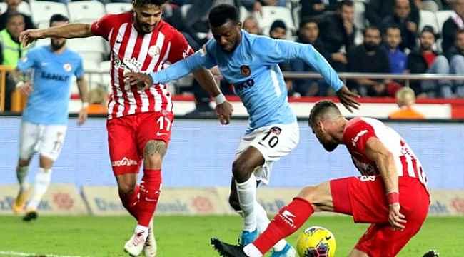 Antalyaspor, Gaziantep berabere kaldı