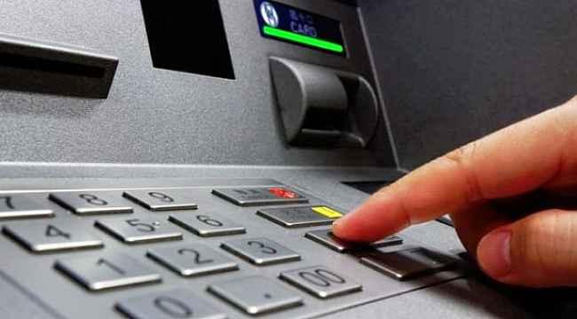 ATM'lerde yeni dönem... Yeni kimlikle para çekilebilecek