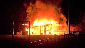 Avrupa'da ırkçılar, Türk kulübünün binasını ateşe verdiler