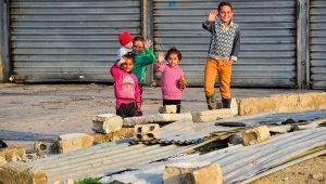 Barış Pınarı Harekat bölgesinde çocuklara oyuncak dağıtıldı