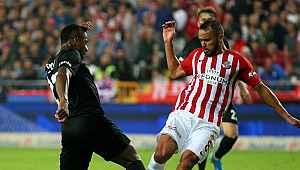 Beşiktaş 3 maç sonra gol yedi