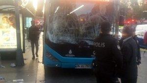 Beşiktaş'ta otobüs durağa daldı: 5'i ağır 15 yaralı