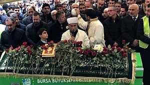 Diyanet, 3 bin kişinin katıldığı sahte peygamberin cenazesine neden imam göndermediği açıkladı