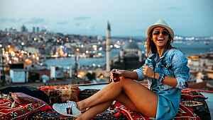 Dünyanın en ateşli sunucusu Türkiye'ye geldi