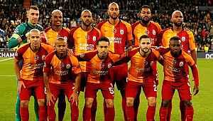 Fatih Altaylı canlı yayında Galatasaraylı futbolculara