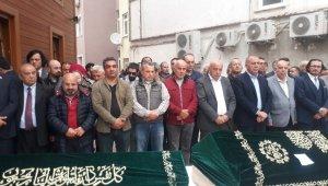 Fatih'te evde ölü bulunan kardeşler son yolculuğuna uğurlandı
