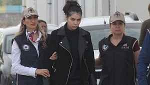 Fransız kadın DEAŞ'a katılmak üzereyken yakalandı