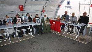 HDP önündeki ailelerin evlat nöbeti 77'nci günde