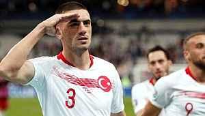 Juventus taraftarı Merih Demiral'ın oynaması için mesaj yağdırdı