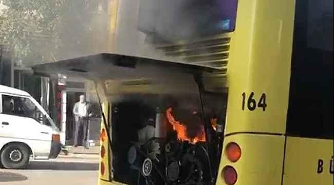 Kahraman şoför, içinde yolcularla birlikte yanan otobüsünü böyle söndürdü - Bursa Haberleri